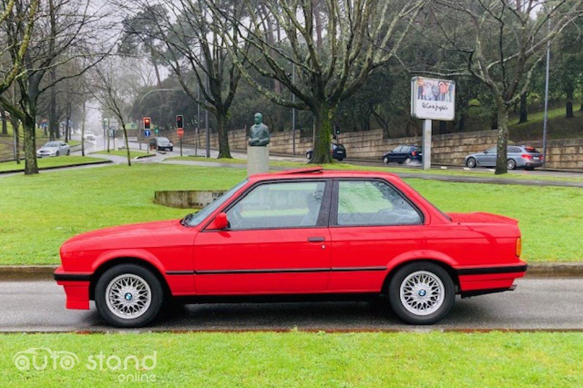 BMW 318 iS E30 1990